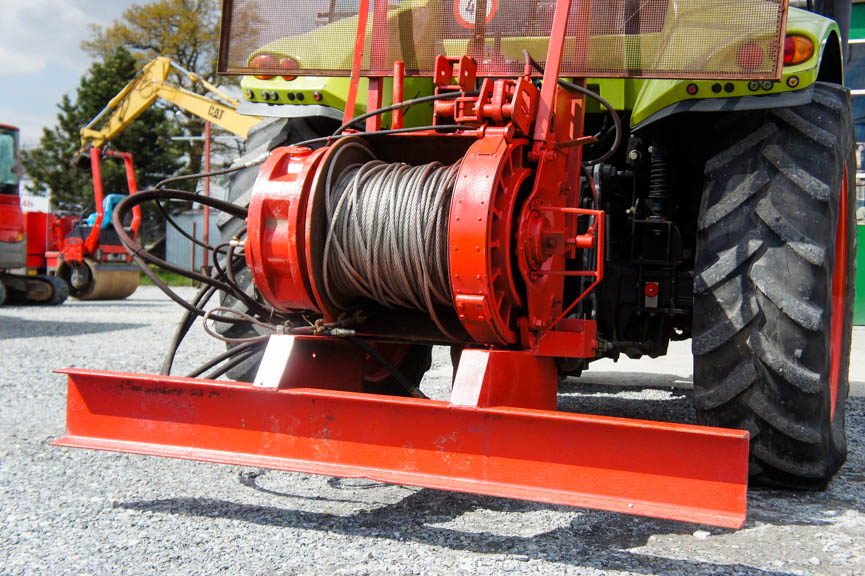 Ciągnik leśny wyciągarka hydrauliczna Poclain