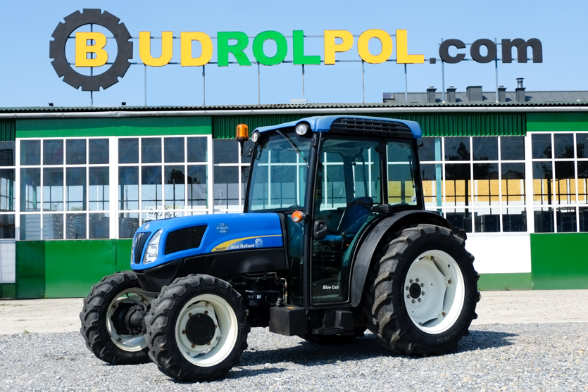 Трактор колесный NEW HOLLAND T 4040F